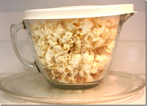 popcorn in a glass bowl 4